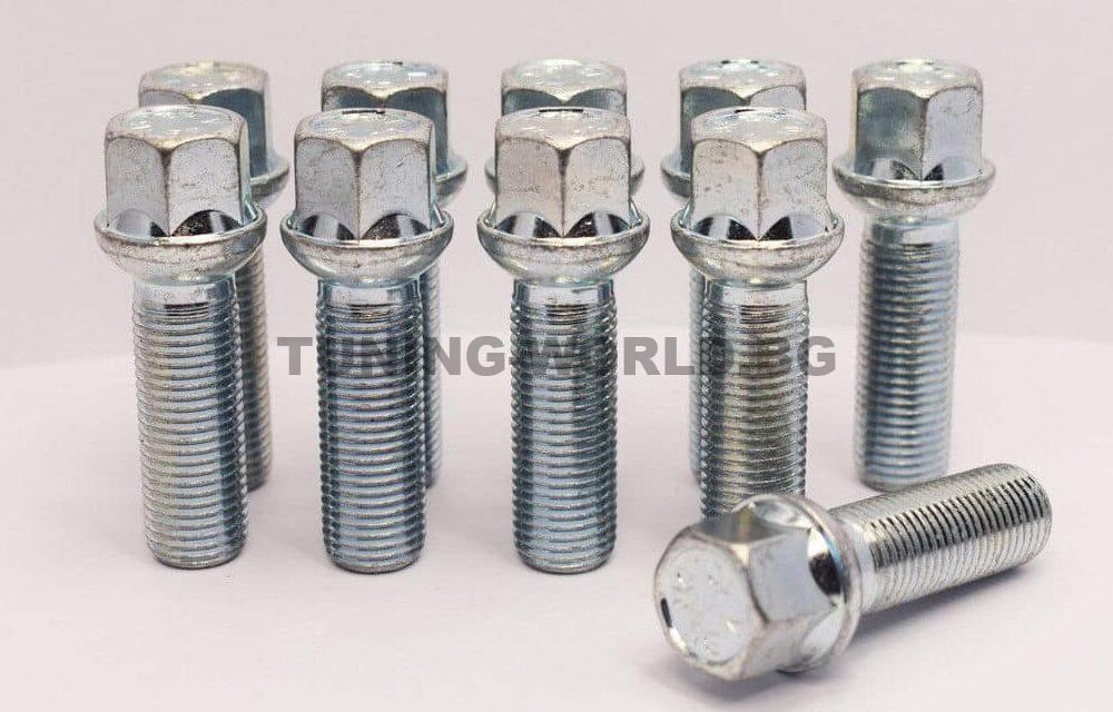 Болтове за дистанционни фланци М12×1.5×35 К17